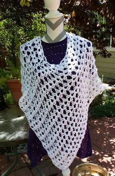 Ladies Summer Poncho, Summer Wrap, Woman's Poncho, Crochet cover up
