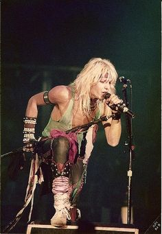February Vince Neil, lead vocalist of Mötley Crüe is today. Glam Metal, Tommy Lee, Nikki Sixx, Girls Girls Girls, Glam Rock, Hair Metal Bands, Hair Bands, Shout At The Devil, Mick Mars