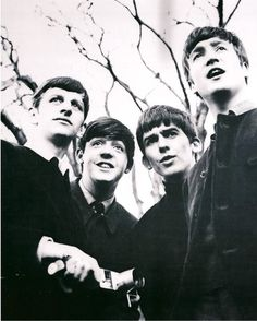 1962, probably just after Ringo joined the band. Look how short George and Ringo's hair is! :)