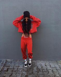 6 Miraculous Cool Tips: Urban Fashion Spring Casual urban dresses hats.Urban Wear For Men Clothing urban fashion accessories spaces.Urban Fashion For Women Spaces. Estilo Hip Hop, Estilo Rock, Fashion Shoot, Look Fashion, Urban Fashion, Girl Fashion, Fashion Outfits, 20s Fashion, Lifestyle Fashion