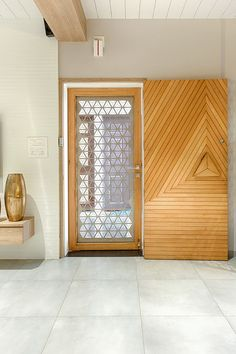 50 Ideas For House Entrance Door Beautiful - Gingerbread House Ideas - Door Design Door Design Interior, Main Door Design, Wooden Door Design, Front Door Design, Wooden Doors, Craftsman Interior, Main Entrance Door, House Entrance, Entry Doors