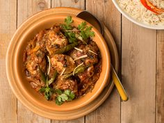 Make and share kadai chicken with step by step photo recipe. Kadhai chicken also called as chicken karahi or chicken kadai.