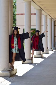 Fresno state graduation pictures! Nursing Graduation Pictures, College Graduation Pictures, Graduation Picture Poses, Graduation Photoshoot, Grad Pics, Friend Senior Pictures, Senior Pics, Senior Year, Cap And Gown Pictures