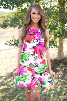 A boutique floral dress is the perfect fit for a variety of occasions. Shop at Pink Lily to discover a long floral print dress for casual and formal events. Dresses For Teens, Trendy Dresses, Trendy Outfits, Nice Dresses, Casual Dresses, Formal Dresses, Pink Lily Boutique, A Boutique, Boutique Clothing