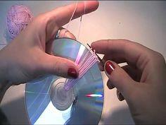 ... Anleitung und Vorlage zum Häkeln einer Tasche mit einer CD. Häkeltechniken und Häkelanleitungen für Anfänger und Fortgeschrittene.. Häkeln, Anleitung, Tasche,