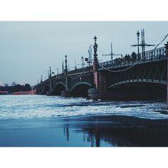 #instagood #instalike #instamood #instalove #instasize #instadaily #photooftheday #picoftheday #igdaily #bestoftheday #bestofvsco #latergram #stpetersburg #russia #europe #travel #wanderlust #beautiful #river #view #bridge #winter #ice #architecture #nature #vsco #vscoedit #vscocam #vscodaily #vscorussia by _neversaynotopanda_