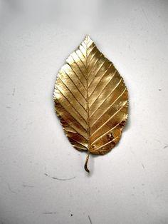 gold leaf...instead of rose petals for the flower girl?