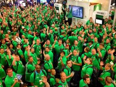 «فييم» تعزز حضورها في أسواق الإمارات  حققت شركة فييم سوفت وير المزودة للحلول المبتكرة في تقنية توفر مراكز البيانات العصرية. نجاحاً في تعزيز حضورها في الإمارات، خلال العام 2014، بزيادة بلغت 50% في إجمالي الإيرادات المحصلة.  http://www.ebctv.net/ar/regional-news/8082