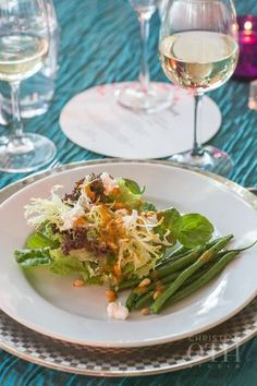 FRENCH GREEN BEAN SALAD WITH GOAT CHEESE & TOASTED PINE NUTS