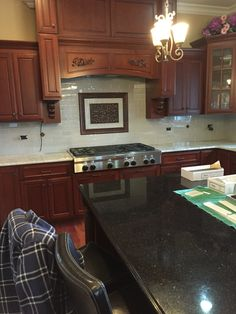 Kitchen Backsplash Gl Tile With Accent Pieces