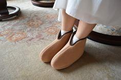 Women Life, Kicks, Slippers, Lady, My Style, Womens Fashion, Shoes, Shopping, Skin Care
