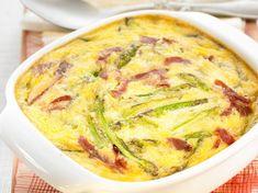 Découvrez notre recette facile et rapide de Clafoutis aux asperges et jambon cru sur Cuisine Actuelle ! Retrouvez les étapes de préparation, des astuces et conseils pour un plat réussi.