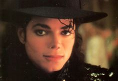 ♥ Michael Jackson ♥ - I have a similar one to this one and this is a gorgeous close up of that same one.