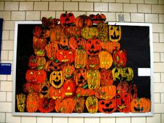 Great display! http://www.mrspecter.com/jefferson/October21/oc16.jpg  1st grd batik pumpkins