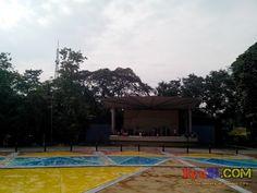 QC Memorial Circle Liwasang Aurora Stage