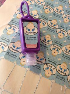Regala un gel antibacterial personalizado. Un recuerdo bonito, útil y original!