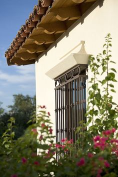 Showing the ironwork on this window, for example, will intrigue viewers who are interested in safety or those who value the Spanish style of the home.