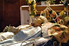 Virgen de la cama. San Esteban de Litera (Huesca), La Litera, Aragón, Spain.