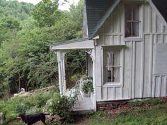 Sandy Foster Cottage | teensy $3000 cottage renovation!