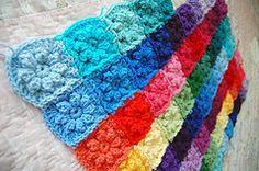 tillie tulip - a handmade mishmosh: Rose granny rectangle afghan completed
