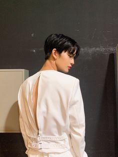 Bae Jinyoung Produce 101, X Picture, Korean Boys Ulzzang, Shot Hair Styles, Hyun Suk, Kim Jaehwan, Ha Sungwoon, Kpop, K Idols