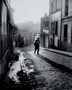 Belleville-Ménilmontant Paris 1947 Willy #Ronis