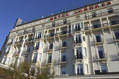 Fachada norte del Hotel de Londres en San Sebastián-Donostia. Nos hemos encargado de la renovación y sustitución de los balcones de aluminio. #hotel #londres #donostia #sansebastian #fachada #barandillas #aluminio #norte