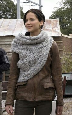 Katniss Everdeen (knit herringbone woven?)  one shoulder cowl from Hunger Games Catching Fire