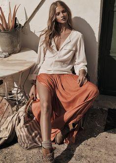 MANGO - CLOTHING - Skirts - Slit hem skirt