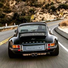 Porsche Vintage Cars Are Loved For Thier Performance, Stylish Looks , Different colors And Magnificient Engine. 13 Porsche Vintage Cars You Will Love Rwb Porsche, Porsche Panamera, Porsche 911 Classic, Porche 911, Porsche Sports Car, Porsche 911 Turbo, Singer Porsche, Singer 911, Singer Cars