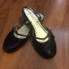 Juicy Couture flats  Black flats with cute gold lock// size 6 1/2 // scratch on right flat Juicy Couture Shoes Flats & Loafers