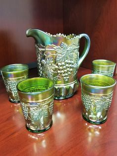 Northwood Grape Cable ~ GREEN ~ 5 pc Water Set ~ BEAUTIFUL Carnival Glass | eBay Cake Stand With Dome, Glass Art Pictures, Westmoreland Glass, Vintage Dishes, Vintage Pyrex, Glass Dishes, Candy Dishes, Antique Glassware, Rainbow Glass