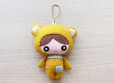 Felt Keychain   Keychain   cute keychain   by WELOVESTITCHES, $18.00