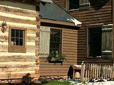 FARMHOUSE – vintage early american farmhouse in historic new england, daybreak place. Log Cabin Exterior, Rustic Exterior, Log Cabin Homes, Old Cabins, Cabins And Cottages, Cabins In The Woods, Saltbox Houses, Old Houses, Rustic Houses