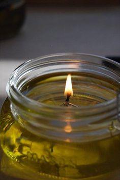 Świece zrobione ze zużytego oleju