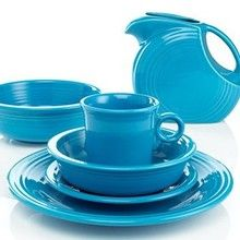 For Christmas, my mother-in-law got me four place settings of Peacock Fiestaware (big plate, small plate, bowl, and mug).