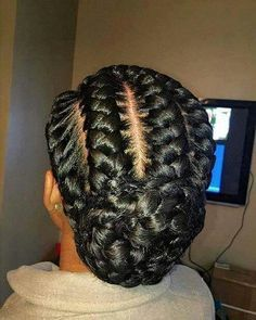 31 Goddess Braids Hairstyles for Black Women Are you looking for a simple (yet fierce) new style? You should take a peek at these 31 goddess braids hairstyles for women! African Hairstyles, Black Women Hairstyles, Afro Hairstyles, Hairstyles 2016, Woman Hairstyles, Corn Row Hairstyles, Hairstyles Pictures, Straight Hairstyles, Popular Hairstyles