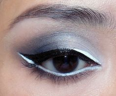 The Black-and-White: Soft gray-scale smoke with graphic Black and White Liquid Liner.. super cool!