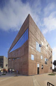 Biblioteca de Ciencias, Ingenieria y Arquitectura PUCP / Llosa Cortegana Arquitectos