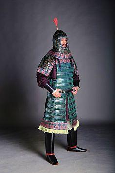 Ancient Armor, Medieval Armor, Medieval Life, Chinese Armor, Chinese Man, Armor All, Arm Armor, Imperial Clothing, Lamellar Armor