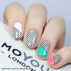 Opting for bright colours or intricate nail art isn't a must anymore. This year, nude nail designs are becoming a trend. Here are some nude nail designs. Pretty Nail Designs, Nail Art Designs, Hot Nails, Hair And Nails, London Nails, Striped Nails, Nail Art Stripes, Stamping Nail Art, Cute Nail Art