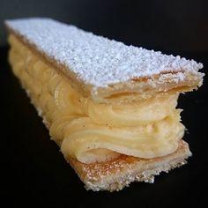 1,2,3,4,...............1000!!! #menubistronomique #millefeuille #dessert #pâtisserie #pâtisseriefrançaise #pastry #faitmaison