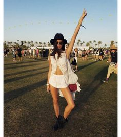 Sara Sampaio Coachella avril 2016 http://www.vogue.fr/mode/mannequins/diaporama/la-semaine-des-tops-sur-instagram-special-coachella-avril-2016/31005#sara-sampaio-coachella-avril-2016-8