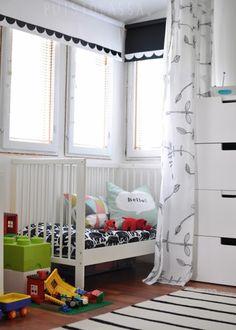 Puistolassa.: Sänky pieni pyörii - 4x uudet verhot sekä lastenhuoneen uusi järjestys