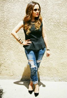 Black Peplum casual look for work #style #fashion For more tips + ideas, visit www.makeupbymisscee.com