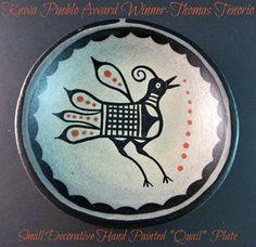 Pueblo Pottery, Free Hand Drawing, Santa Fe, How To Draw Hands, Decorative Plates, Saints, Santo Domingo, Silver