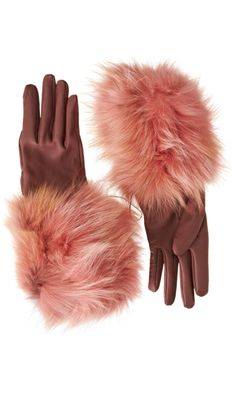 Lanvin Fur Cuff Gloves Absolutely love love love the color of these gloves! Lanvin, Beauty And Beauty, Vintage Gloves, Fur Accessories, Fabulous Furs, Mitten Gloves, Leather Gloves, Creations, Girly