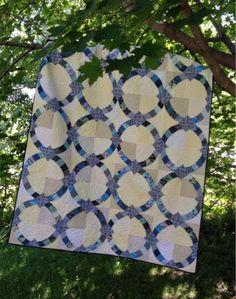 My Quilt Diet...: Metro Hoops Wedding Quilt