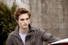 Happy birthday, Robert Pattinson, who will turn 26 on May 13