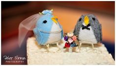 cute cake topper since my daughter's name is Robin.